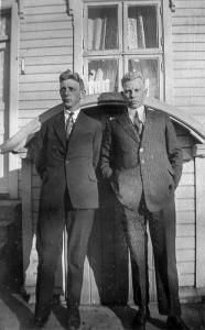 Kjell Martinsen 1900 -1927 og Thorleif Martinsen 1897 -1967 , Horten. (Utlånt av Arne Amundsen)