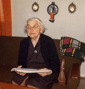 Sigrid Larsen, f. Martinsen, 1885-1974, Vesten, Sorgenfri